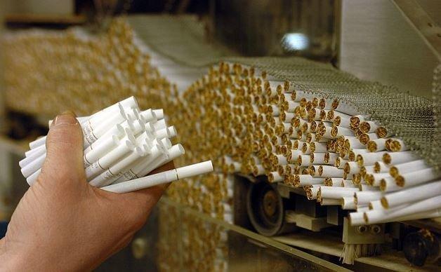سیگار صدرنشین جذب سرمایه خارجی؛ پوشاک در قعر جدول