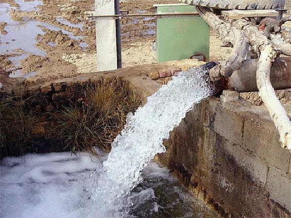 یزدی ها بیش از 100 درصد منابع آب تجدیدپذیر خود را استفاده می نمایند