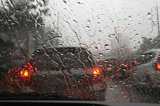 افزایش توجه به مقررات رانندگی به دلیل ورود سامانه بارشی