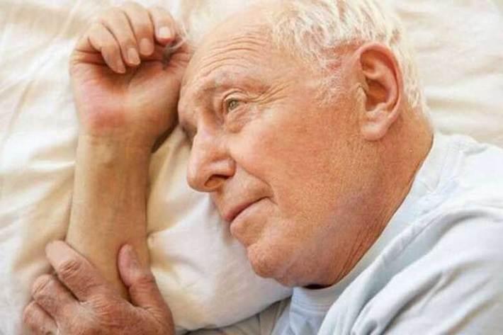 بی خوابی می تواند احتمال افسردگی افراد مسن را افزایش دهد