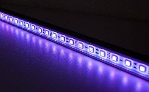 با یک نانولایه، عمر و تابش LED افزایش می یابد